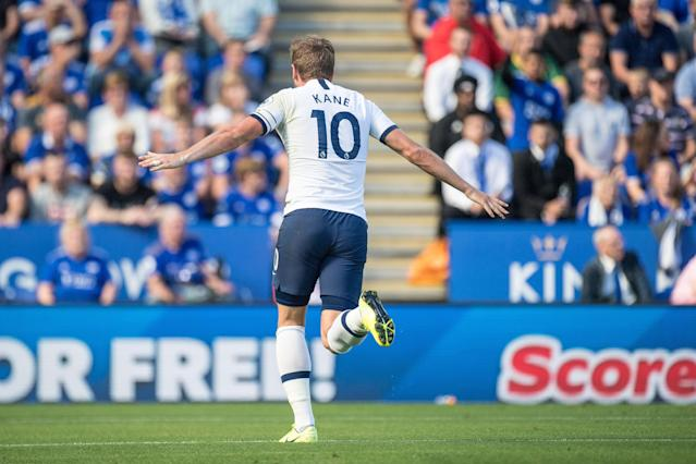 Harry Kane of Tottenham Hotspur celebrate after scoring the 1st goal. (Credit: Getty Images)