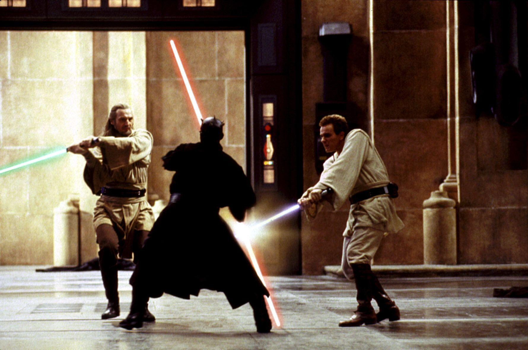 Darth Maul battles Jedi knights Qui-Gon and Obi-Wan in 'The Phantom Menace' (Photo: Lucasfilm Ltd./courtesy Everett / Everett Collection)