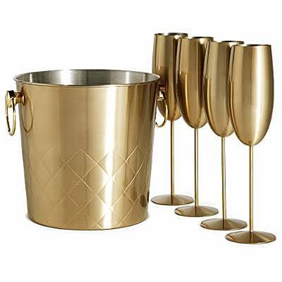 VonShef Brushed Gold Champagne Bucket with 4 Gold Champagne Flutes Glasses (Credit: Amazon)