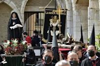 La procession catholique du vendredi saint à Perpignan, le 2 avril 2021
