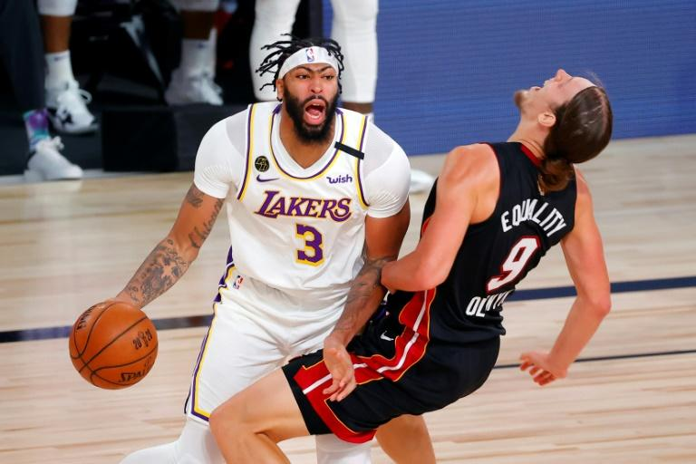 Lakers offence limited after Davis runs into foul trouble