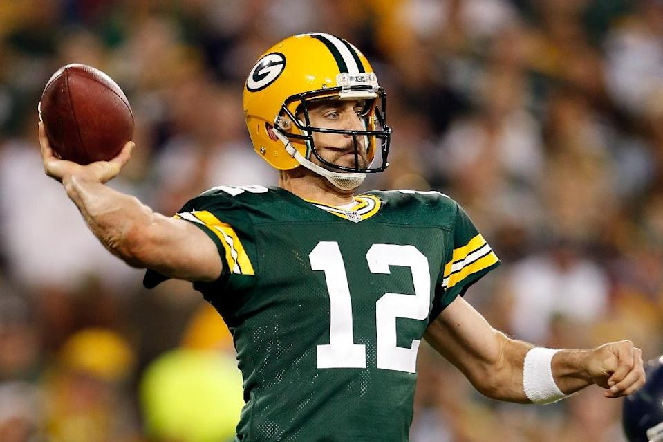 Green Bay Packers' Aaron Rodgers throws a pass during the game against the Seattle Seahawks on September 20, 2015 in Green Bay, Wisconsin (AFP Photo/Christian Petersen)