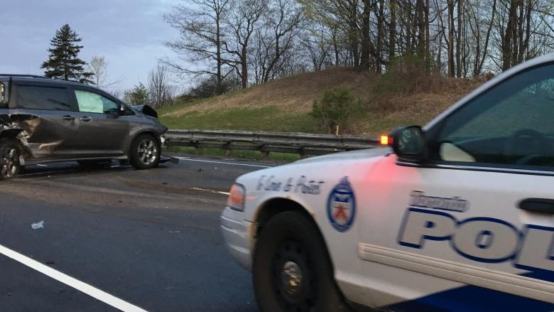Man arrested after 2-vehicle crash on Don Valley Parkway