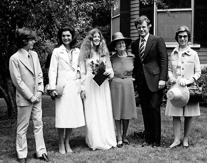 <p>John Jr., Jacqueline Kennedy Onassis, Caroline, Rose Kennedy, Ted Kennedy, and Janet Auchincloss attend Caroline's high school graduation from Concord Academy.</p>