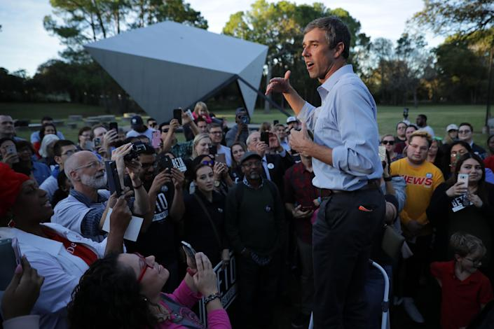 Democratic Senate candidate Rep. Beto O'Rourke talks to supporters during a campaign rally at Opportunity Park on Nov. 2, 2018 in Dallas. (Photo: Chip Somodevilla/Getty Images)