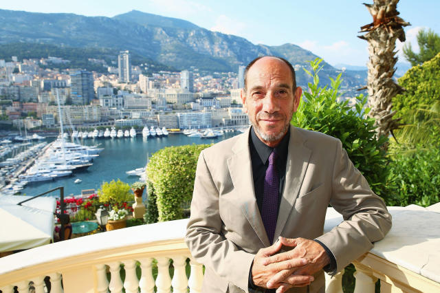 "<p>The <i>NCIS: Los Angeles</i> and <i>Twin Peaks</i> star lost his battle with throat cancer on Jan. 19. The 61-year-old, who was the son of Rosemary Clooney, was <a href=""https://www.yahoo.com/entertainment/miguel-ferrer-dies-look-back-slideshow-wp-001653443.html"" data-ylk=""slk:remembered;outcm:mb_qualified_link;_E:mb_qualified_link"" class=""link rapid-noclick-resp newsroom-embed-article"">remembered</a> by cousin George Clooney as a man who ""made the world brighter and funnier."" (Photo: Getty Images) </p>"