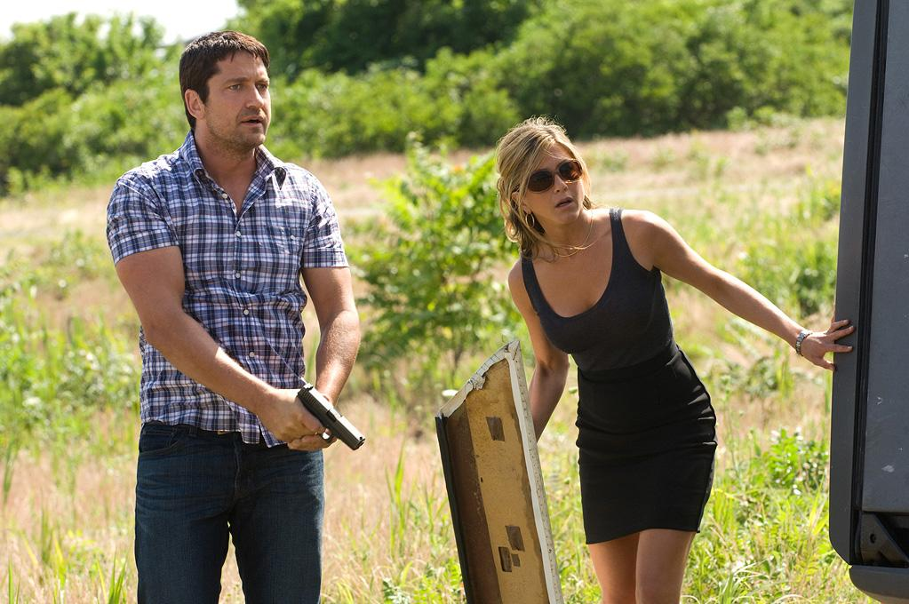 """<a href=""""http://movies.yahoo.com/movie/contributor/1803248911"""">Gerard Butler</a> and <a href=""""http://movies.yahoo.com/movie/contributor/1800021397"""">Jennifer Aniston</a> in Columbia Pictures' <a href=""""http://movies.yahoo.com/movie/1810129411/info"""">The Bounty Hunter</a> - 2010"""