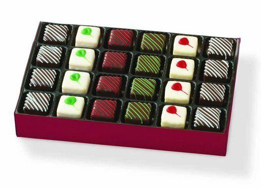 """Holiday Petit Fours, $20, available at Hickory Farms<a href=""""http://www.hickoryfarms.ca/holiday-petit-fours_990prod.html"""" target=""""_blank""""></a>"""