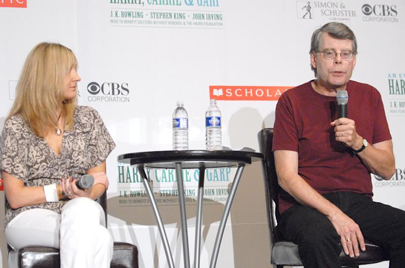 J.K. Rowling thanked Stephen King (pictured with her during a previous author event) after he retweeted her latest comments. (Photo: Michael Loccisano/FilmMagic)