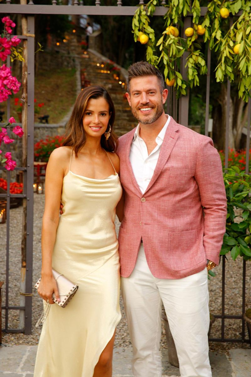 TV host and former NFL player Jesse Palmer and girlfriend, Emely Fardo.