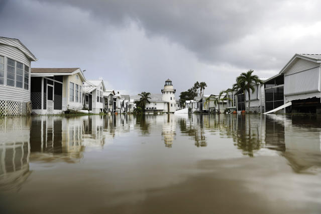<p>A mobile home community is flooded in the aftermath of Hurricane Irma in Everglades City, Fla., Sept. 11, 2017. (Photo: David Goldman/AP) </p>