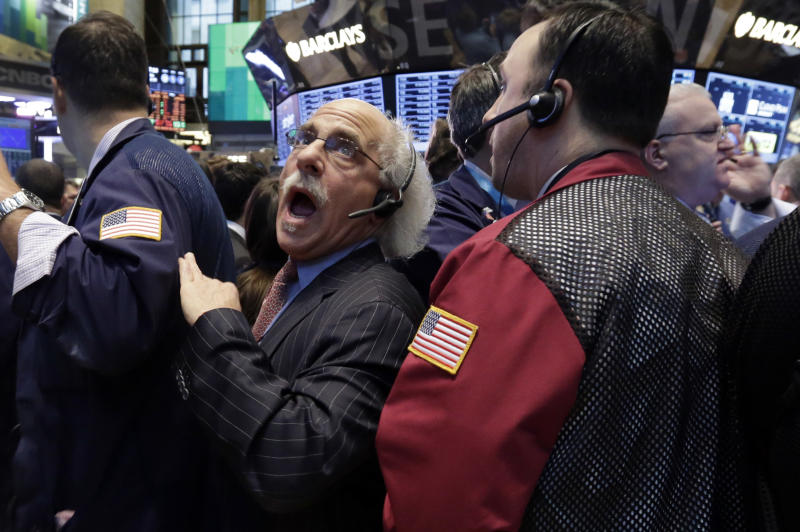 S&P closes above 1,500 for 1st time since 2007