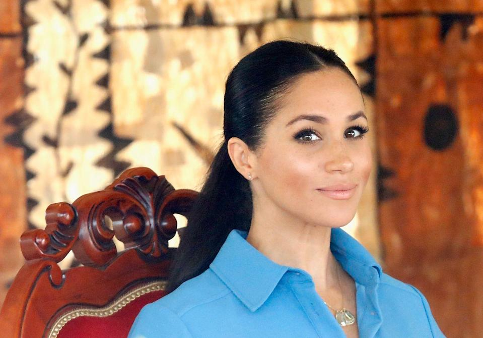 """<p>Meghan is also into circuit-based strength training. When she was still filming <em>Suits</em> in Toronto, she and her trainer McNamee met up three to four days a week, for 45-minute training sessions. """"For Meghan, we tried to schedule these workouts early in the day, to make it a priority,"""" he told <a href=""""https://www.womenshealthmag.com/fitness/a19745816/meghan-markle-workout/"""" rel=""""nofollow noopener"""" target=""""_blank"""" data-ylk=""""slk:WomensHealthMag.com"""" class=""""link rapid-noclick-resp"""">WomensHealthMag.com</a> in 2018. McNamee took a high-rep (20 to 25), low-weight strategy for Meghan's fitness routine—rather than heavy lifting.<br></p>"""