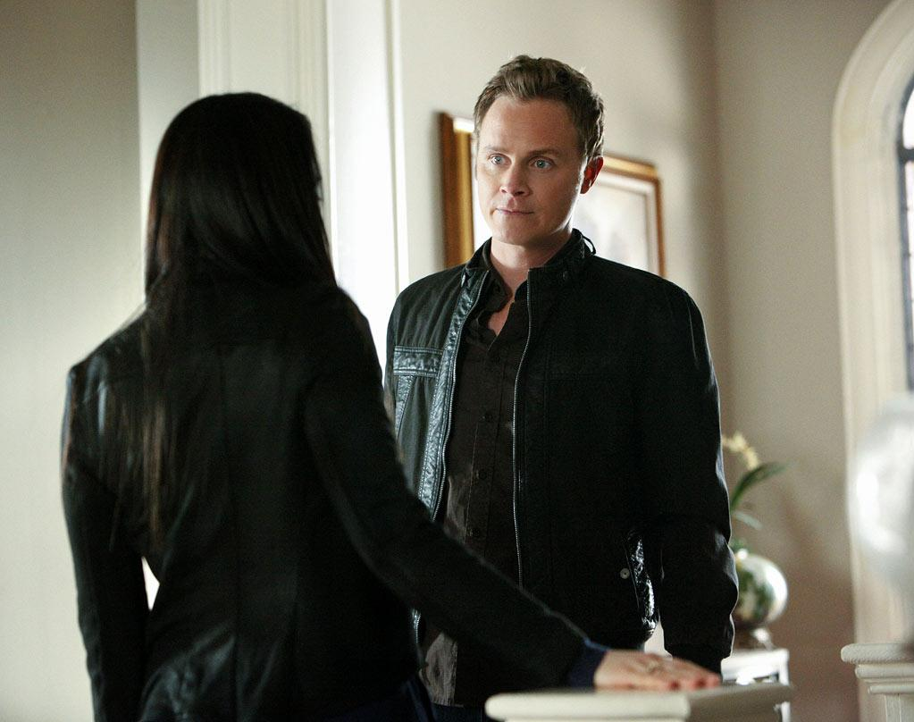 John Gilbert: As a father, he kind of sucked in the most absentee way possible. When he did finally decide to be a dad, he was rude about Elena's choices in men and tried to kill the brothers Salvatore (trying to set Damon on fire is not the way to make friends and influence people). But, eventually, he realized that protecting his daughter was the most important thing and even sacrificed his life (with the help of a bewitching spell) to revive her after Klaus murdered her. Having John come back would render his moving sacrifice (and his touching apology letter) utterly moot.