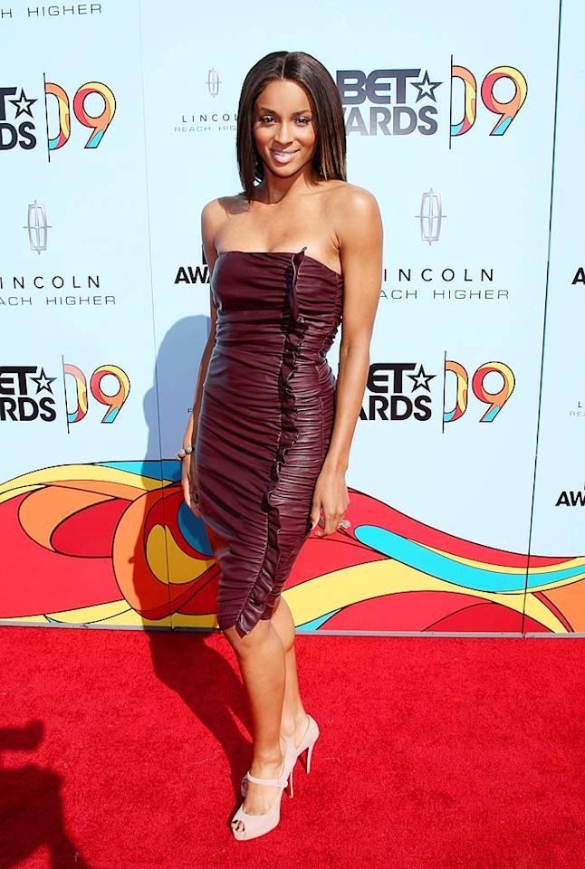 """Love Sex Magic"" songstress Ciara stole the spotlight in a strapless ruched leather dress, nude heels, minimal makeup, and a fab cocktail ring. Arnold Turner/<a href=""http://www.wireimage.com"" target=""new"">WireImage.com</a> - June 28, 2009"