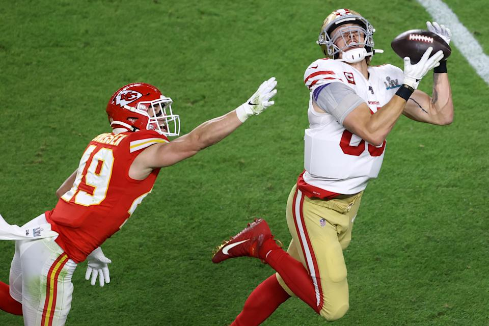 MIAMI, FLORIDA - FEBRUARY 02: George Kittle #85 of the San Francisco 49ers makes a reception against the Kansas City Chiefs during the second quarter in Super Bowl LIV at Hard Rock Stadium on February 02, 2020 in Miami, Florida. (Photo by Elsa/Getty Images)