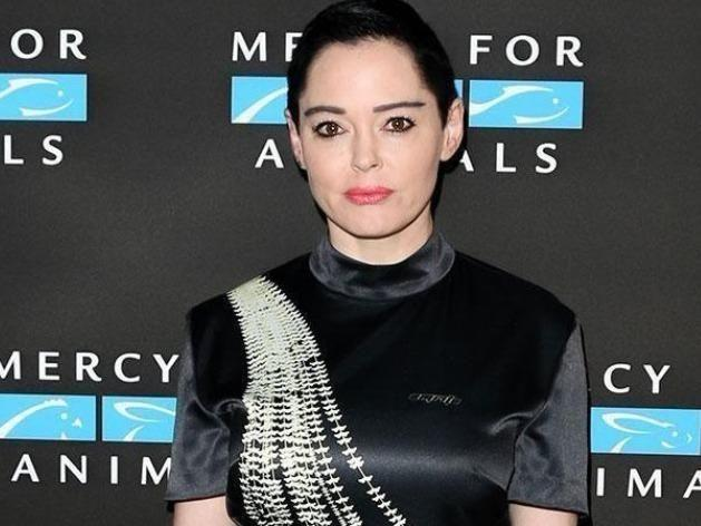 Rose McGowan has criticised the stars who wore black at the Golden Globes. Source: Getty