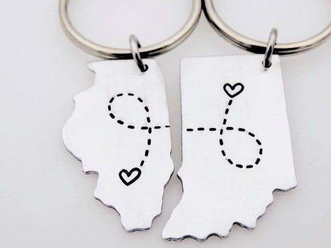 The Light and the Dark 1 State Country Keychain Set
