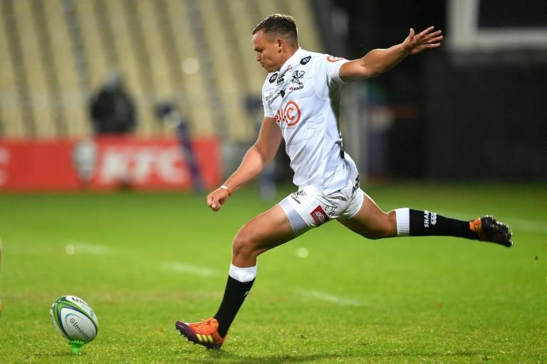 Curwin Bosch slotted a penalty with the last kick of the match to snatch a 34-33 victory for Sharks over Griquas Friday in a South African Super Rugby Unlocked match.
