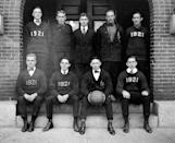 <p>The 1921 men's basketball players from the University of New Hampshire pose for a team photo.</p>