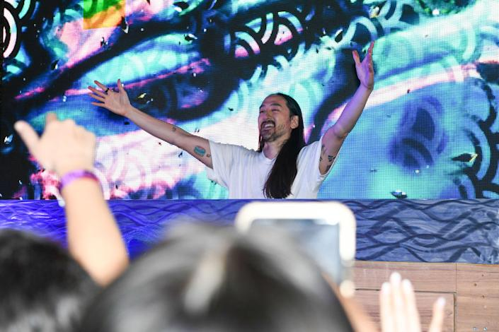 DJ Steve Aoki performs Feb. 5 in Tampa, Florida. (Photo: Marcus Ingram/Getty Images for E11EVEN Miami)