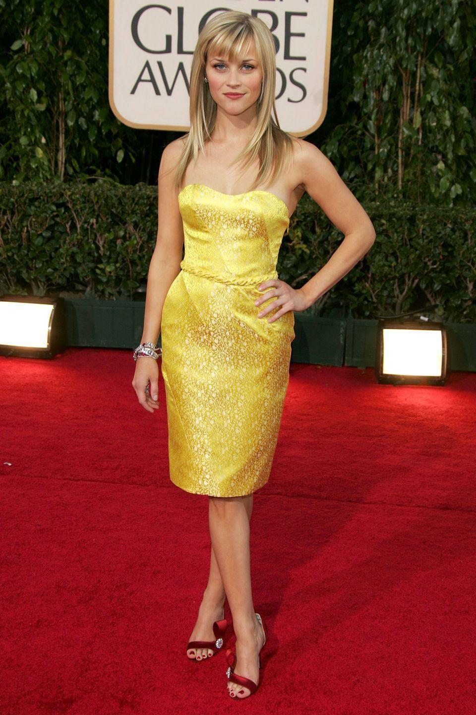 <p>Post-divorce and looking better than ever in a sultry Vera Wang cocktail dress for the Golden Globes Award. </p>