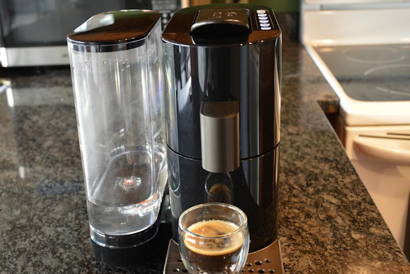 If you shun all coffee but Starbucks, the Verismo V may be the machine for you