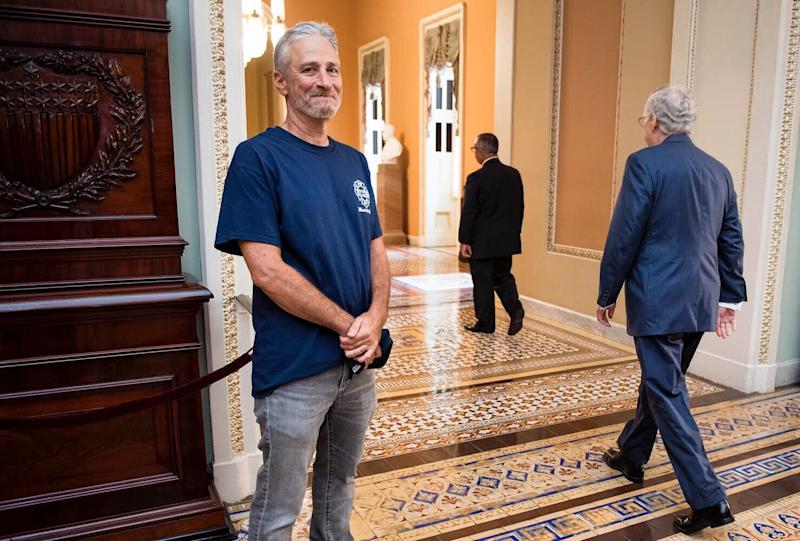 "Viral photo of Jon Stewart and Mitch McConnell sums up the former ""Daily Show"" hosts's struggle to get the 9/11 Compensation Fund bill passed. (Photo: Bill Clark/Roll Call)"