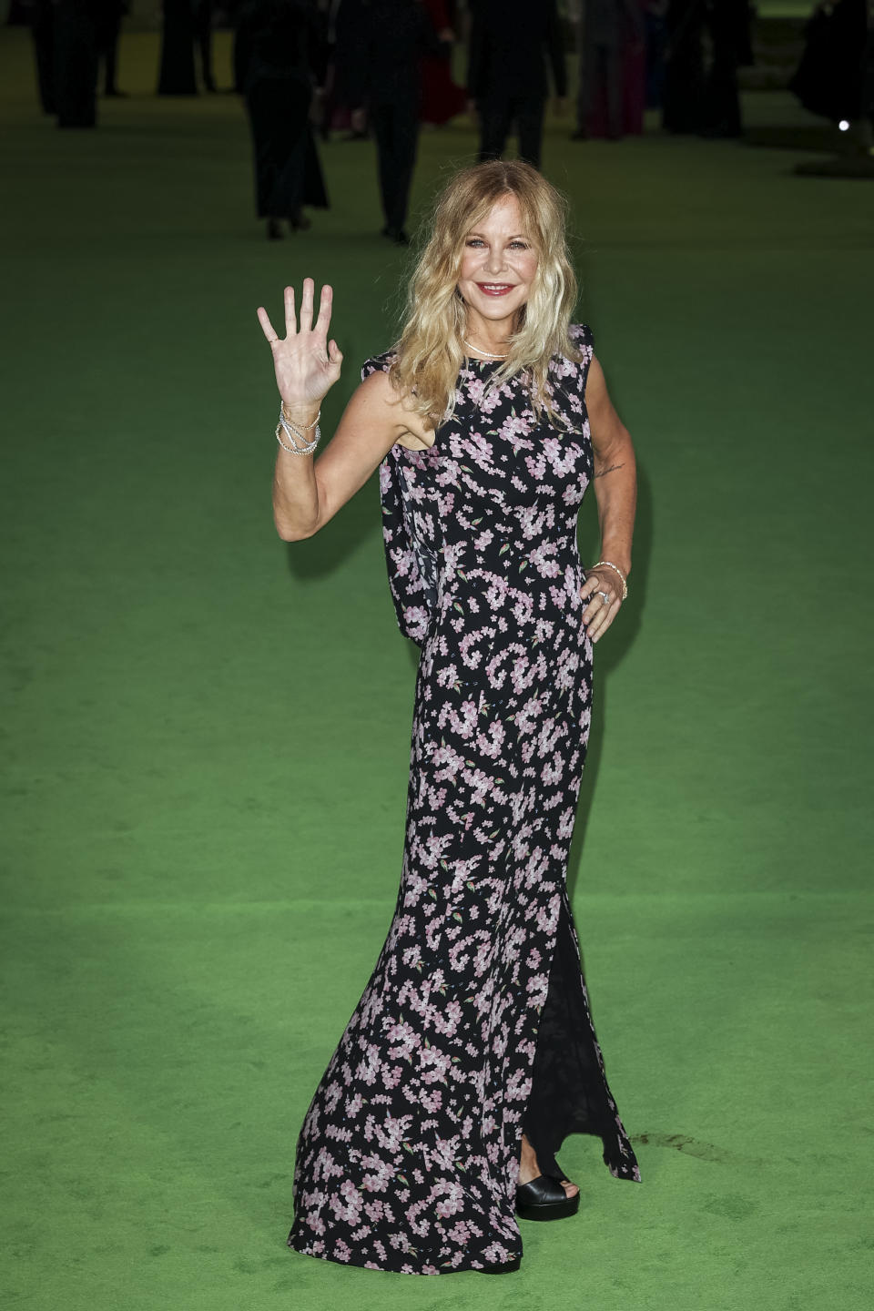 Los Angeles, CA - September 25: Meg Ryan on the green carpet of the Opening Gala for the Academy Museum of Motion Pictures, in Los Angeles, CA, Saturday, Sept. 25, 2021. (Jay L. Clendenin / Los Angeles Times via Getty Images)