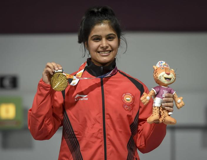 Manu Bhaker shows her Gold medal after competing in 10m Air Rifle Women during Day 3 of Buenos Aires 2018 Youth Olympic Games at Tecnopolis Park on October 9, 2018 in Buenos Aires, Argentina. (Photo by Marcelo Endelli/Getty Images)