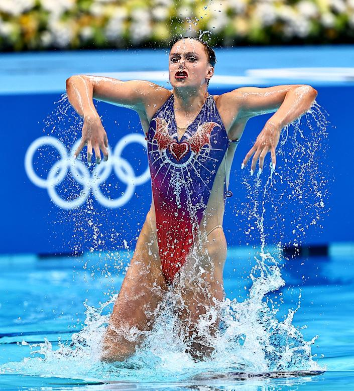 <p>TOKYO, JAPAN - AUGUST 03: Kate Shortman and Isabelle Thorpe of Team Great Britain compete in the Artistic Swimming Duet Technical Routine on day eleven of the Tokyo 2020 Olympic Games at Tokyo Aquatics Centre on August 03, 2021 in Tokyo, Japan. (Photo by Wang Xianmin/CHINASPORTS/VCG via Getty Images)</p>