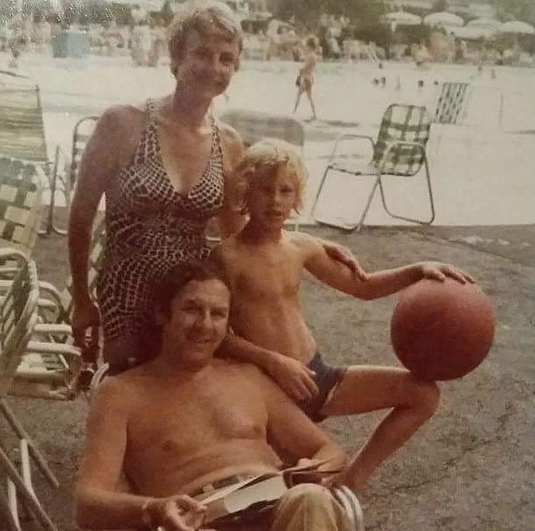 "<p>""Going way back. This was taken end of summer 1974,"" the <em>Sharknado star</em> wrote of this classic summer throwback photo with his parents. ""I can almost hear the diving boards getting bounced.. Hello September! (Photo: <a href=""https://www.instagram.com/p/BYt0Rh_Fj_k/?taken-by=ianziering"" rel=""nofollow noopener"" target=""_blank"" data-ylk=""slk:Ian Ziering via Facebook"" class=""link rapid-noclick-resp"">Ian Ziering via Facebook</a>) </p>"