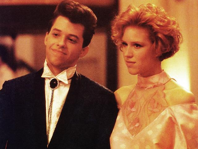 "Molly Ringwald with Jon Cryer in ""Pretty in Pink."" (Photo: Everett Collection)"