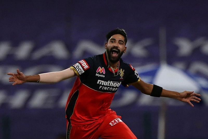 Comeback man Siraj proved his worth in style during the Powerplay for RCB. [PC: iplt20.com]