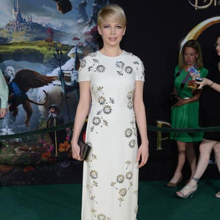 Michelle Williams feels at home on film sets