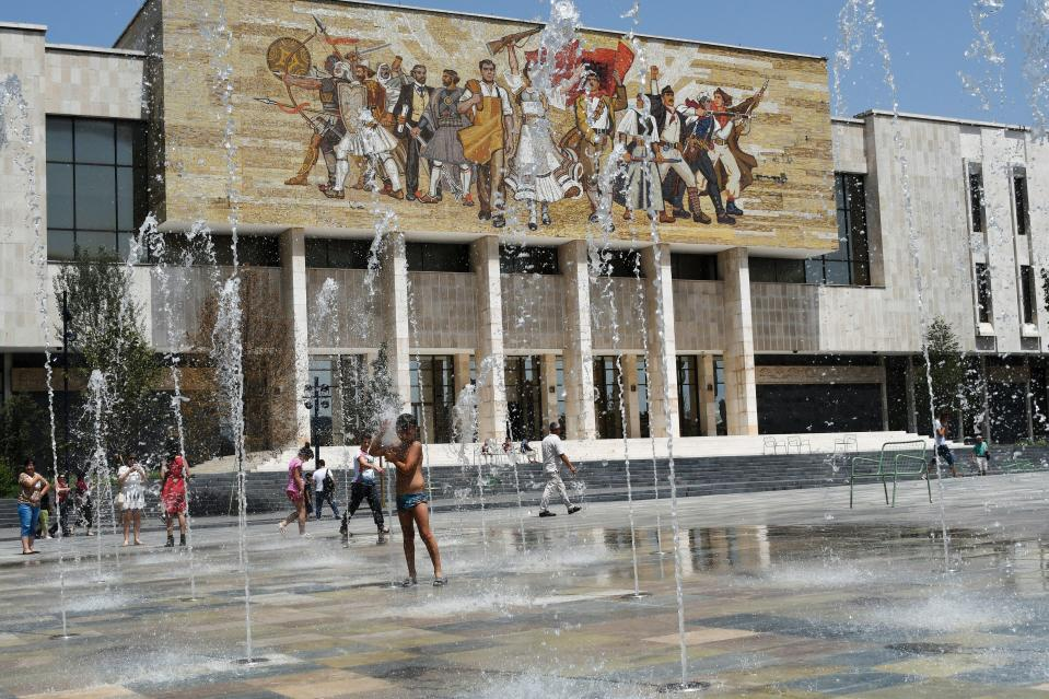 Several countries in southeastern Europe are going to face the great heat wave of the summer.  (GENT SHKULLAKU / AFP via Getty Images)