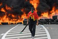 Protesters had blocked roads since Saturday in a bid to prevent access to the small town (AFP/SAVO PRELEVIC)
