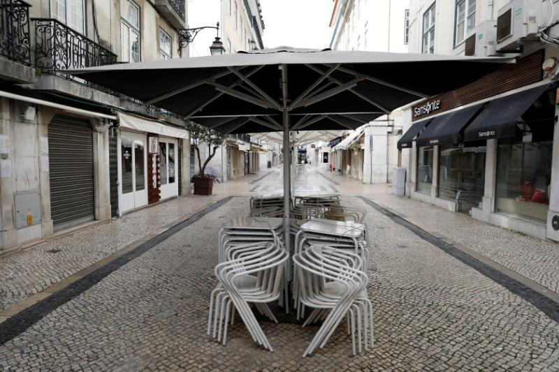 General view of closed shops and restaurants as the spread of the coronavirus disease (COVID-19) continues in downtown Lisbon