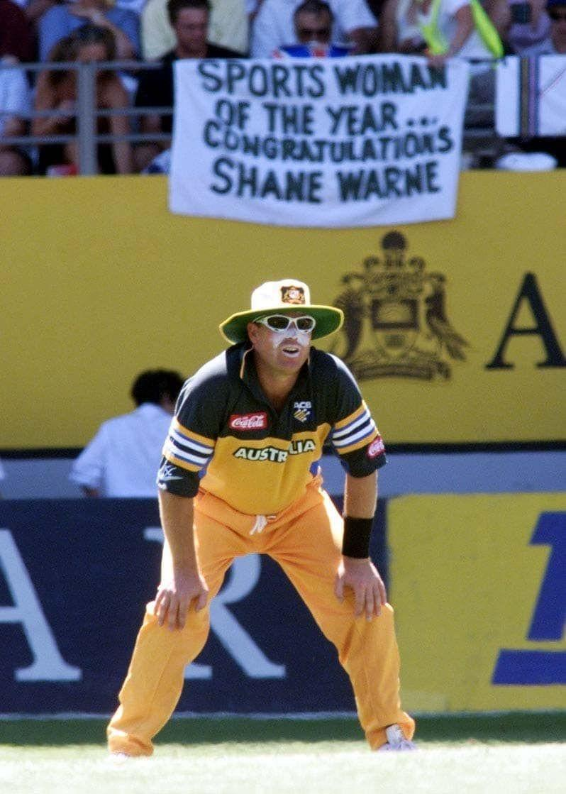Shane Warne was absolutely roasted by fans at a stadium