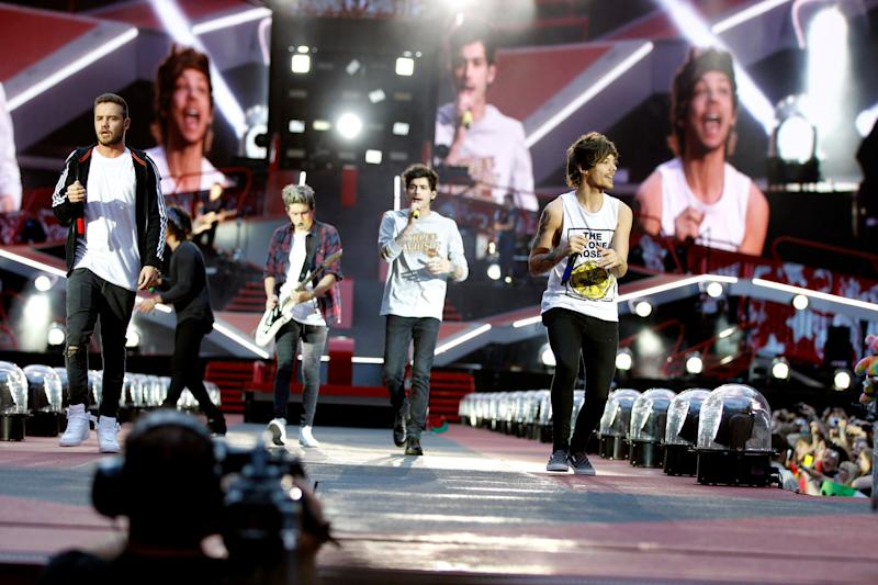 """Boygroup One Direction on stage at """"Midnight Memories"""" tour at Esprit Arena Duesseldorf (Photo by Brill/ullstein bild via Getty Images)"""