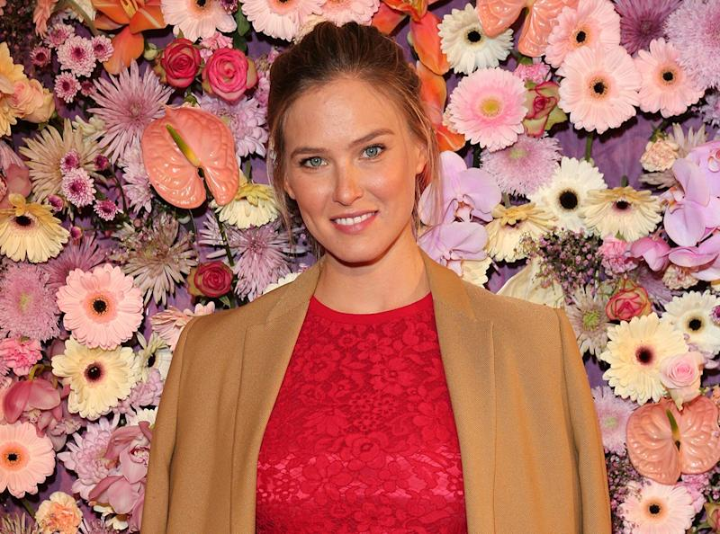 People Are Confused That Bar Refaeli Is Pregnant 7 Months After Giving Birth