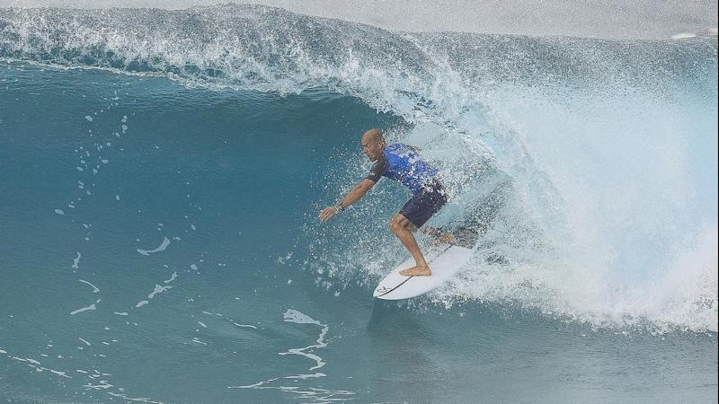 SURFING BILLABONG PIPE MASTERS HAWAII