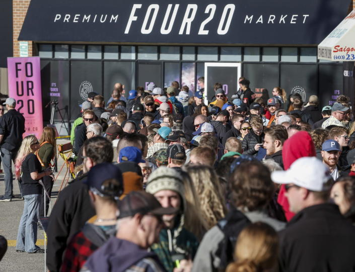 <p>People line-up to purchase legal cannabis in Calgary, Alberta, Wednesday, Oct. 17, 2018. (Photo: Jeff McIntosh/The Canadian Press via AP) </p>
