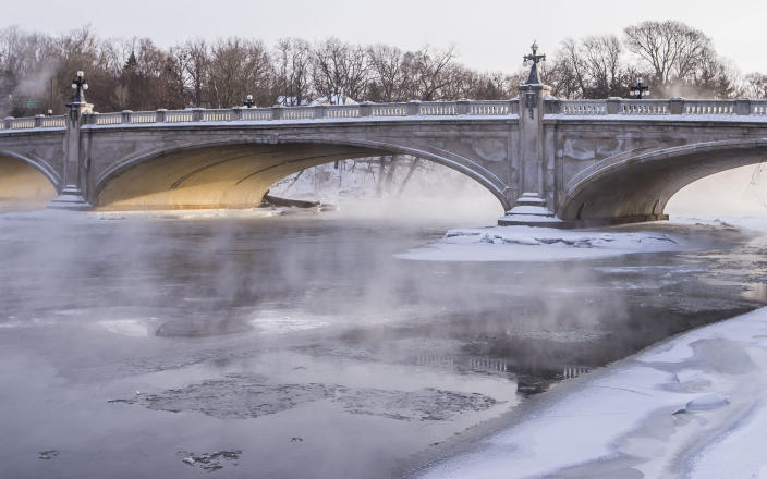 Steam rises from the Saint Joseph River as temperatures plunge to minus 19 degrees, Jan. 30, 2019, in South Bend, Ind. (Photo: Robert Franklin/South Bend Tribune via AP)