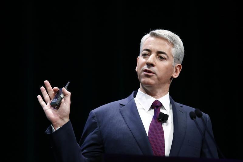 William Ackman, founder and CEO of hedge fund Pershing Square Capital Management, speaks to audience about Herbalife company in New York