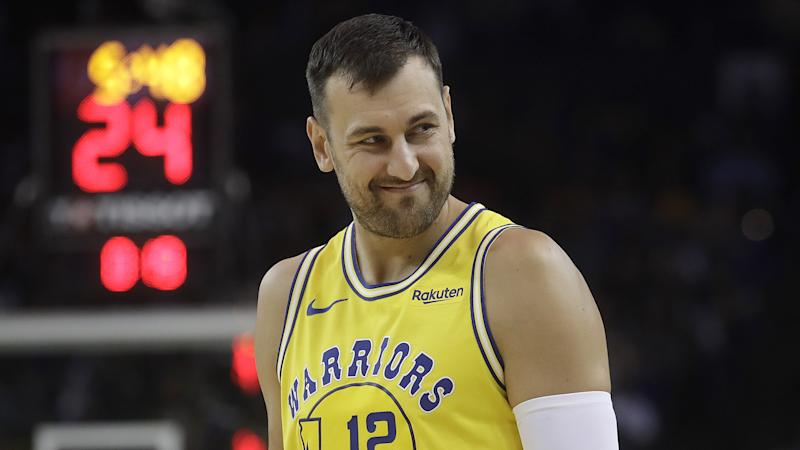 Lakers execs branded as 'liars' by Warriors center Andrew Bogut