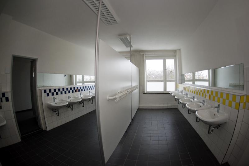 Us Elementary School Does Away With Gendered Bathrooms