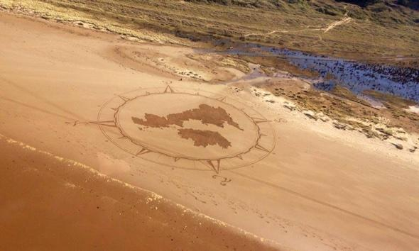 'Banksy of the beach' causing a stir in Wales