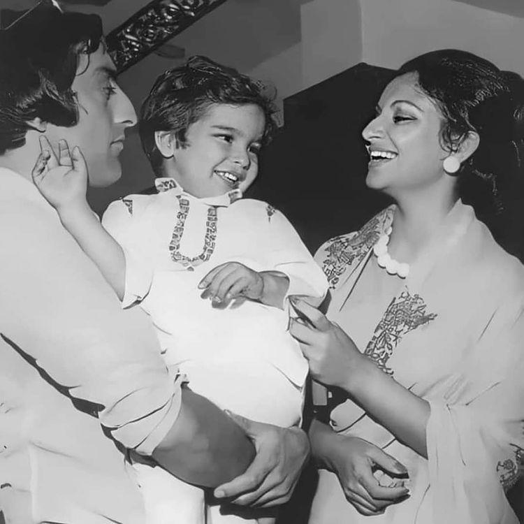 Mansoor Ali Khan Pataudi, Sharmila Tagore and Saif Ali Khan