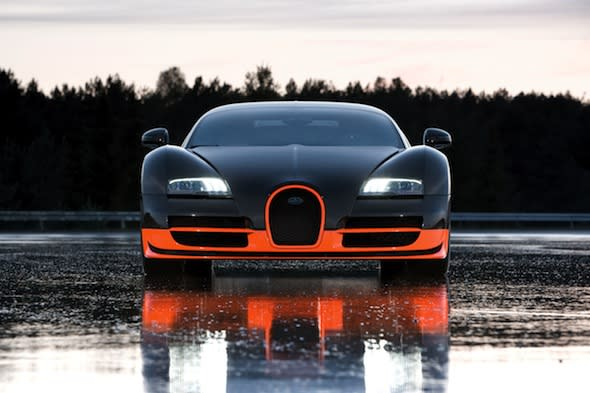 Bugatti Veyron reclaims top speed crown